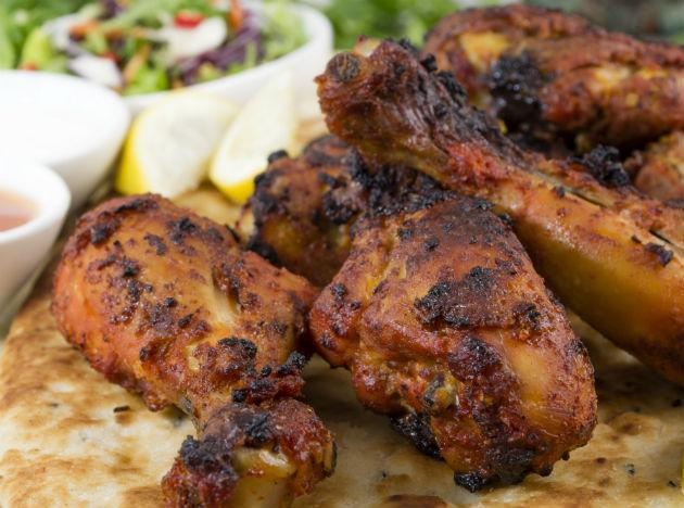 <b>Chicken Thighs</b> <br>Chicken breasts are known to be rich in unsaturated fats, but chicken wings are a healthier as well as more economical option for those who crave non-vegetarian items in their daily dinner menu. So, include the item in your meal at least a couple of times a week.