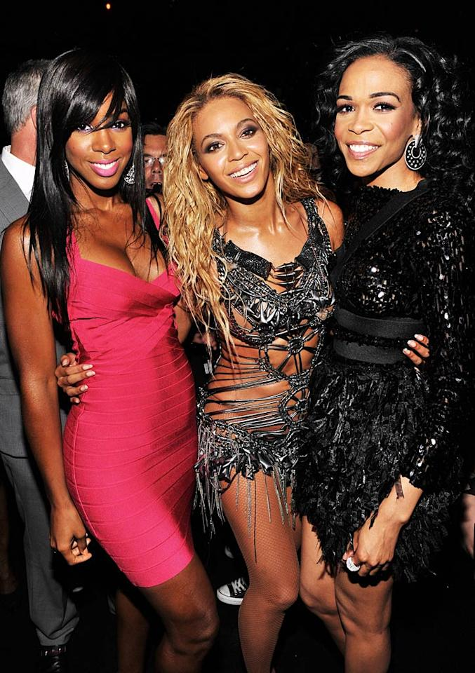 "Beyonce reunited with her fellow Destiny's Child members Kelly Rowland and Michelle Williams at Sunday's Billboard Music Awards. The pop superstar gave them both a shout out when she accepted her Millennium Award. ""I would like to thank Kelly and Michelle from Destiny's Child. I wouldn't be standing on this stage if it wasn't for y'all."" Kevin Mazur/<a href=""http://www.wireimage.com"" target=""new"">WireImage.com</a> - May 22, 2011"