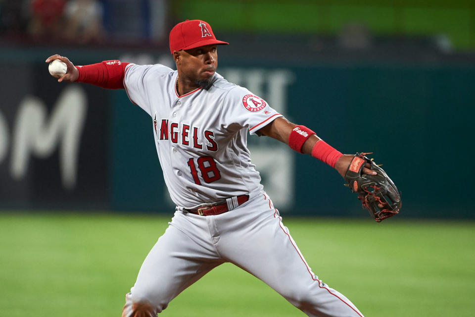 Former Angels infielder Luis Valbuena died late Thursday night along with ex-MLB player José Castillo. (AP)