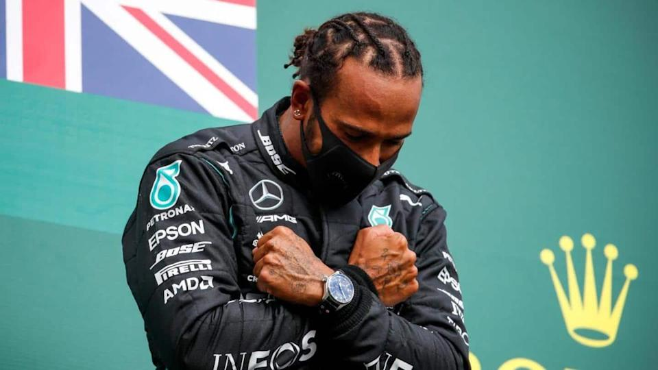 Lewis Hamilton signs new Mercedes contract: Details here