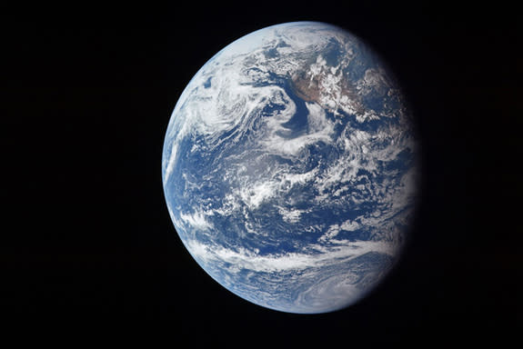 Iconic Apollo 11 View of Earth Turns 45 (Photo)