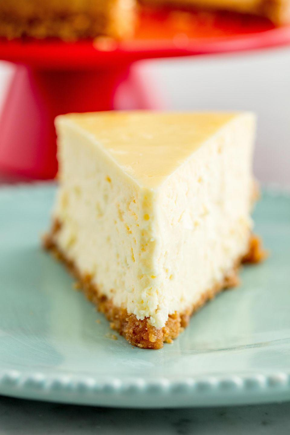 """<p>This perfectly simple cheesecake will wow a crowd.</p><p>Get the recipe from <a href=""""https://www.delish.com/cooking/recipe-ideas/recipes/a58084/easy-classic-cheesecake-recipe/"""" rel=""""nofollow noopener"""" target=""""_blank"""" data-ylk=""""slk:Delish"""" class=""""link rapid-noclick-resp"""">Delish</a>.</p>"""