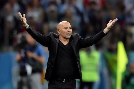 Soccer Football - World Cup - Group D - Argentina vs Croatia - Nizhny Novgorod Stadium, Nizhny Novgorod, Russia - June 21, 2018 Argentina coach Jorge Sampaoli gestures during the match REUTERS/Ivan Alvarado