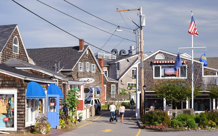 The best laid back beach towns in the northeast for Small east coast beach towns
