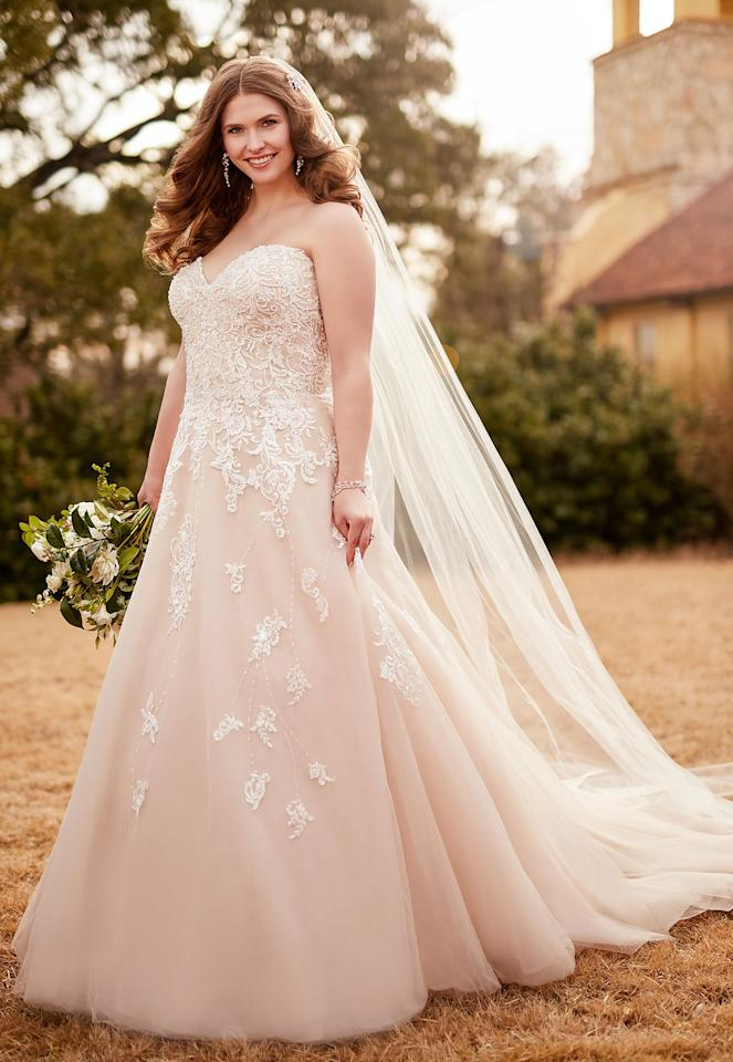 11 Beautiful Wedding Gowns For Curvy Figures