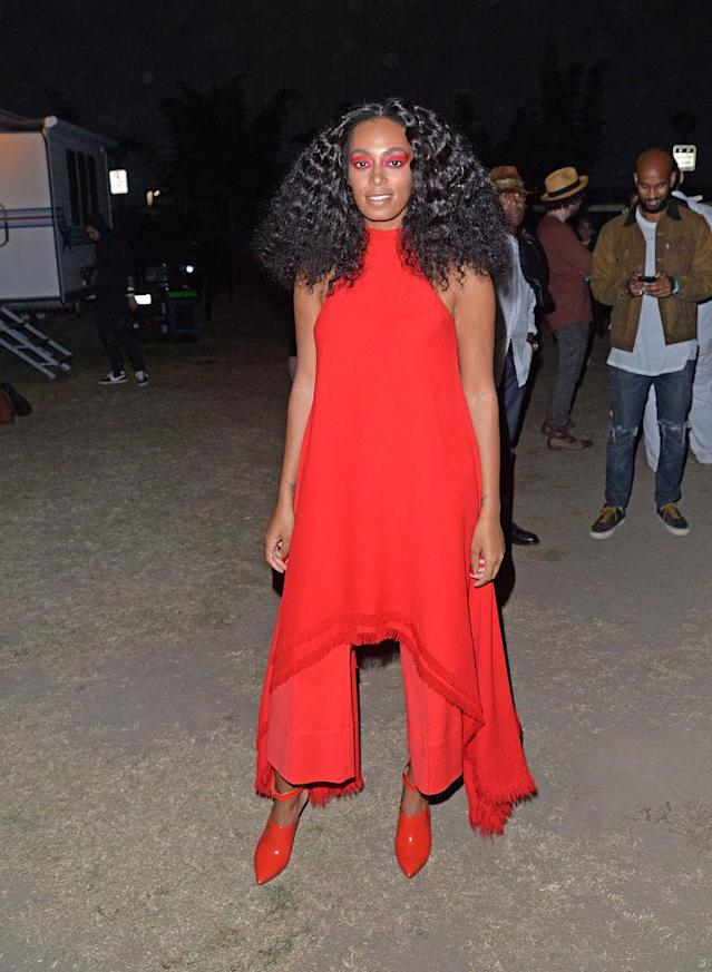 <p>Queen B and little sis Solange are both fashion and music icons — family reunions must be absolutely everything. (Photo: Getty Images) </p>