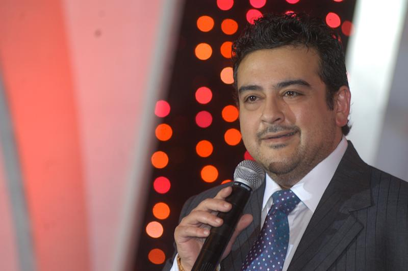 NEW DELHI, INDIA - OCTOBER 5, 2007: Bollywood singer Adnan Sami during the launch of reality show Bol Baby Bol, on October 5, 2007 in New Delhi, India. (Photo by Raj K Raj/Hindustan Times via Getty Images)