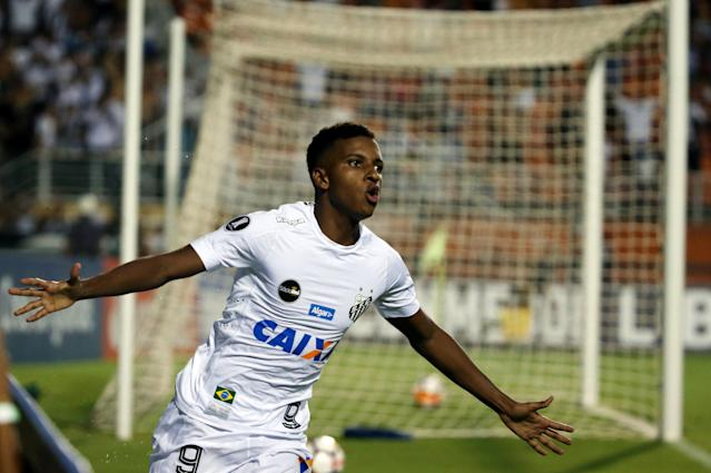 Soccer Football - Brazil's Santos v Uruguay's Nacional - Copa Libertadores - Pacaembu Stadium, Sao Paulo, Brazil - March 15, 2018. Rodrygo of Santos reacts after scoring a goal. REUTERS//Paulo Whitaker