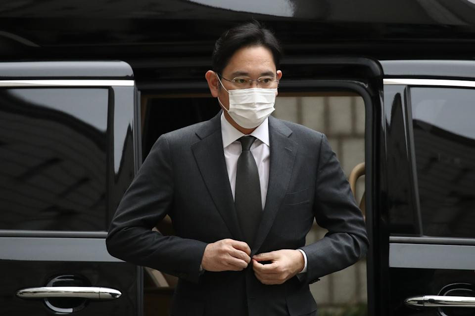 Samsung Electronics Vice Chairman Jay Y Lee arrives at the Seoul High Court on 9 November, 2020 in Seoul, South Korea. (Getty Images)