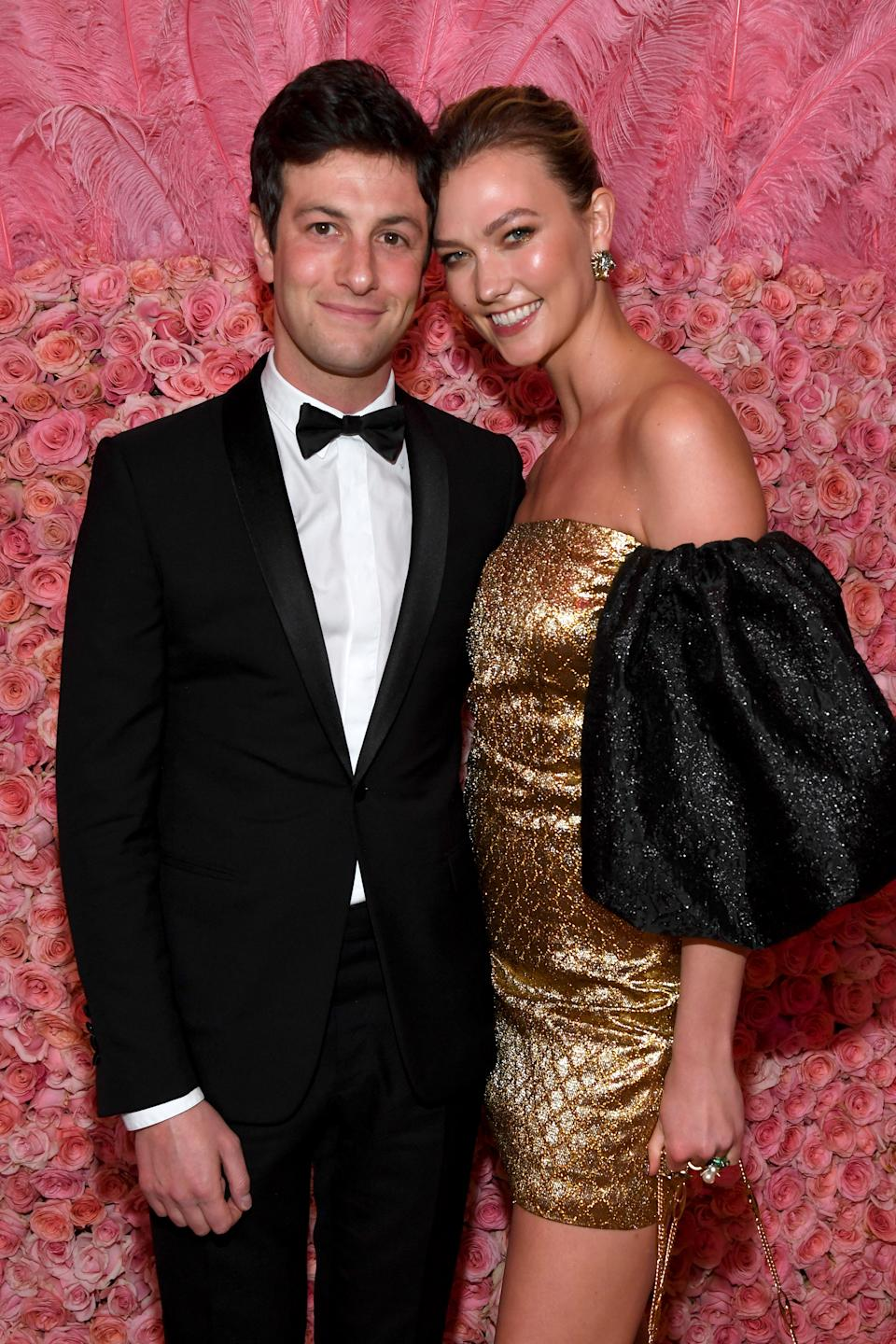 NEW YORK, NEW YORK - MAY 06: Joshua Kushner and Karlie Kloss attend The 2019 Met Gala Celebrating Camp: Notes on Fashion at Metropolitan Museum of Art on May 06, 2019 in New York City. (Photo by Kevin Mazur/MG19/Getty Images for The Met Museum/Vogue)