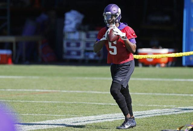 "<a class=""link rapid-noclick-resp"" href=""/nfl/players/27560/"" data-ylk=""slk:Teddy Bridgewater"">Teddy Bridgewater</a> is attempting to come back after a bad knee injury in 2016. (AP)"