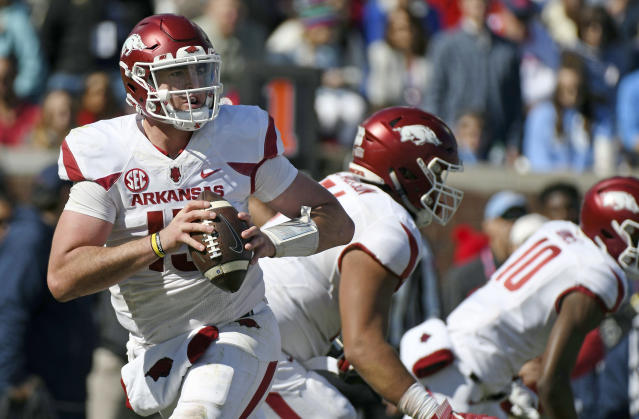 "Arkansas freshman <a class=""link rapid-noclick-resp"" href=""/ncaaf/players/266541/"" data-ylk=""slk:Cole Kelley"">Cole Kelley</a> was arrested earlier this month. (AP Photo/Thomas Graning, File)"