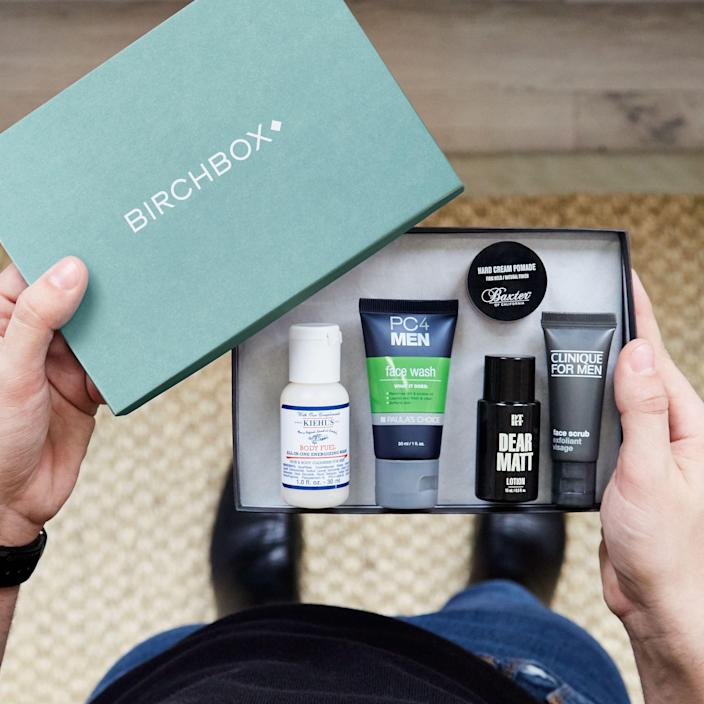 """<p><strong>Birchbox Grooming</strong></p><p>birchbox.com</p><p><strong>$30.00</strong></p><p><a href=""""https://go.redirectingat.com?id=74968X1596630&url=https%3A%2F%2Fwww.birchbox.com%2Fproduct%2F33841&sref=https%3A%2F%2Fwww.goodhousekeeping.com%2Fholidays%2Fgift-ideas%2Fg27116208%2Fbest-gifts-for-dads%2F"""" rel=""""nofollow noopener"""" target=""""_blank"""" data-ylk=""""slk:Shop Now"""" class=""""link rapid-noclick-resp"""">Shop Now</a></p><p>Help him discover new hair, face and body grooming products with a special subscription to Birchbox, which sends five samples straight to his door each month.</p>"""