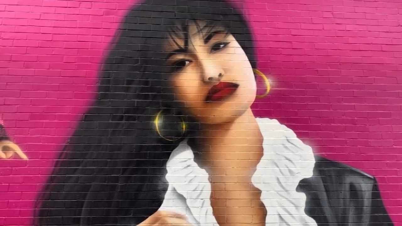 8ee2fc6aec Pilsen Selena mural supports local businesses  Video