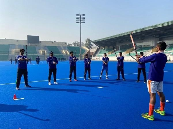 Over 100 candidates from various parts of the country have enrolled for the course (Image: Hockey India)