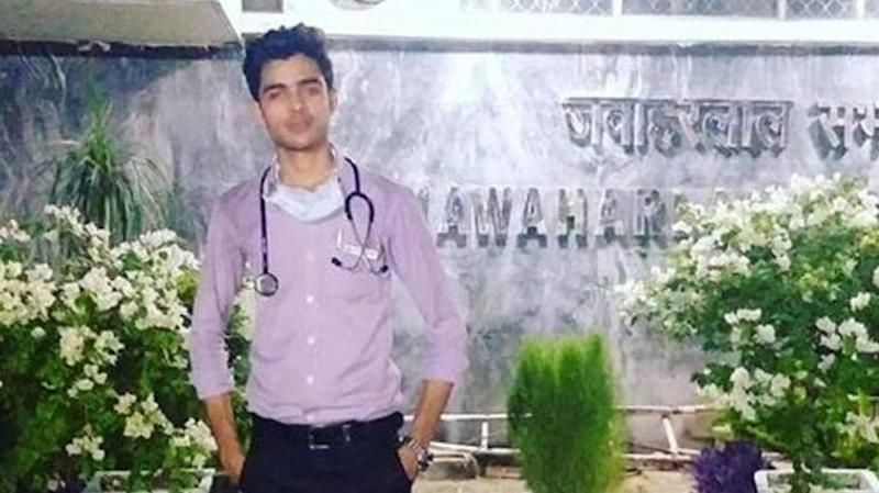 19-year-old poses as AIIMS-doctor for months to