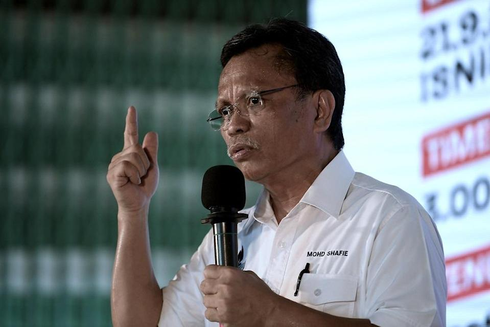 Warisan president Datuk Seri Shafie Apdal said that now was 'not the time' for a state of emergency. ― Bernama pic