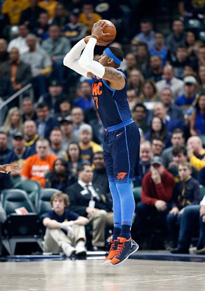 Carmelo Anthony scored 24 points as the Oklahoma City Thunder improved to .500 at 14-14 with their third straight road win and their 17th consecutive victory over the Philadelphia 76ers (AFP Photo/ANDY LYONS)