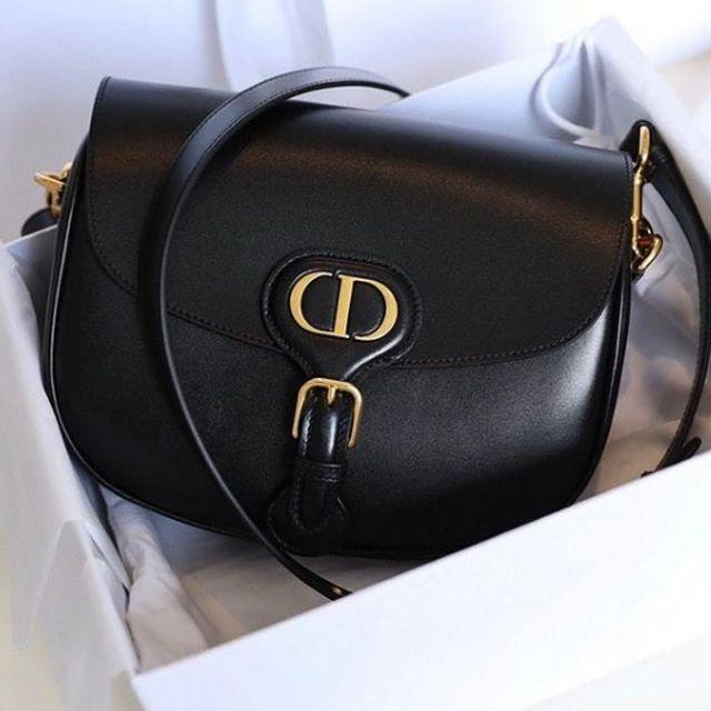 """<p><a href=""""https://www.bagbutler.co.uk/handbags/chanel-business-affinity-in-beige/"""" rel=""""nofollow noopener"""" target=""""_blank"""" data-ylk=""""slk:BagButler"""" class=""""link rapid-noclick-resp"""">BagButler</a> gives consumers an innovative way to update their outfit with that designer touch by offering some of the world's most desired luxury handbags and accessories as a rental service from as little as £55. </p><p><a class=""""link rapid-noclick-resp"""" href=""""https://www.bagbutler.co.uk/"""" rel=""""nofollow noopener"""" target=""""_blank"""" data-ylk=""""slk:RENT FROM BAG BUTLER NOW"""">RENT FROM BAG BUTLER NOW</a></p><p><a href=""""https://www.instagram.com/p/CLmljoAHEfp/"""" rel=""""nofollow noopener"""" target=""""_blank"""" data-ylk=""""slk:See the original post on Instagram"""" class=""""link rapid-noclick-resp"""">See the original post on Instagram</a></p>"""