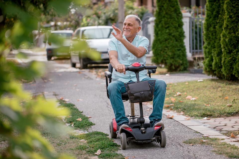 Retirees and recipients will receive updated Social Security statements in November and December, which will indicate how much their benefits will increase starting in January. (Photo: Getty)