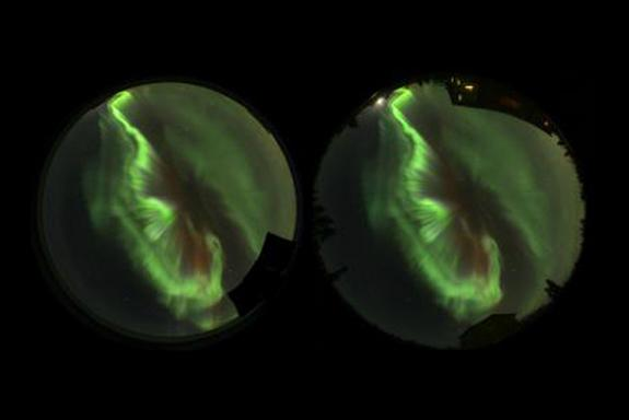 Stunning Auroras Photographed in 3D with Everyday Cameras