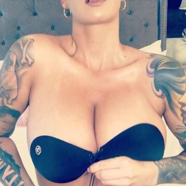 Just Amber Rose in a corset bra contraption, nothing to see here.
