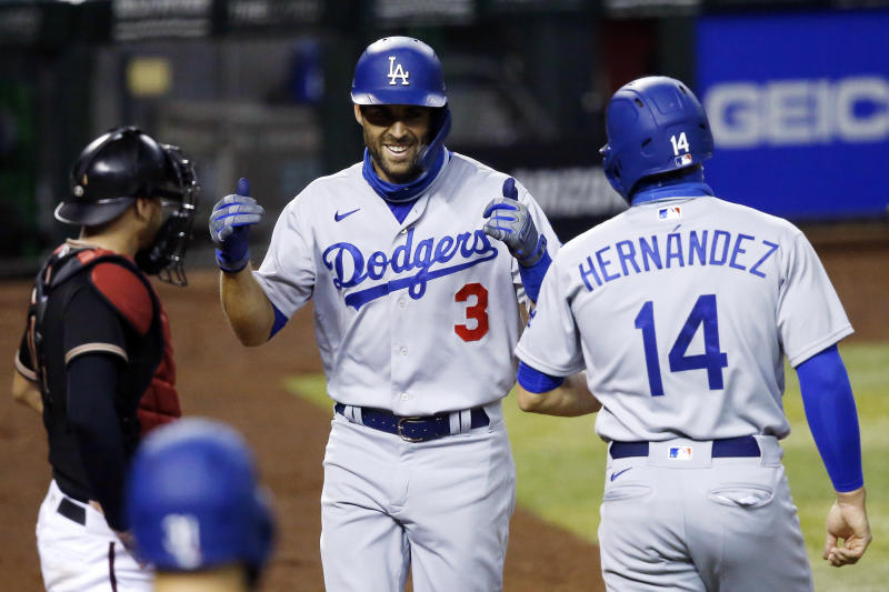 Bellinger sits, Dodgers still roll to 11-2 win over D-backs
