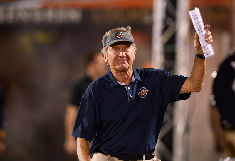 Orlando Apollos head coach Steve Spurrier waves to the crowd as he enters the field before kick-off against the Memphis Express during an AAF football game, Saturday, Feb. 23, 2019, at Spectrum Stadium in Orlando, Fla. (AP Photo/Rick Wilson)