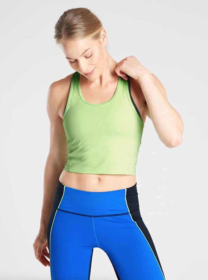 """<p>Athleta gave me the <a href=""""https://www.popsugar.com/buy/Sonic-Mint-Lightning-Crop-Tank-SuperSonic-481818?p_name=Sonic%20Mint%20Lightning%20Crop%20Tank%20in%20SuperSonic&retailer=athleta.gap.com&pid=481818&price=59&evar1=fit%3Aus&evar9=46515938&evar98=https%3A%2F%2Fwww.popsugar.com%2Fphoto-gallery%2F46515938%2Fimage%2F46516075%2FSonic-Mint-Lightning-Crop-Tank-in-SuperSonic&prop13=api&pdata=1"""" rel=""""nofollow"""" data-shoppable-link=""""1"""" target=""""_blank"""" class=""""ga-track"""" data-ga-category=""""Related"""" data-ga-label=""""http://athleta.gap.com/browse/product.do?pid=486325#pdp-page-content"""" data-ga-action=""""In-Line Links"""">Sonic Mint Lightning Crop Tank in SuperSonic</a> ($59) to try out and I loved how it looked. I've never worked out in a crop top in my life, but I felt confident in this Lightning Crop paired with the high-waisted Colorblock 7/8 Tights (featured ahead). The waist of the Colorblock Tights was high enough that it left just a sliver of skin, which is all I'm comfortable showing. It held up during our treadmill sprints and intervals and was lightweight and cool.</p>"""