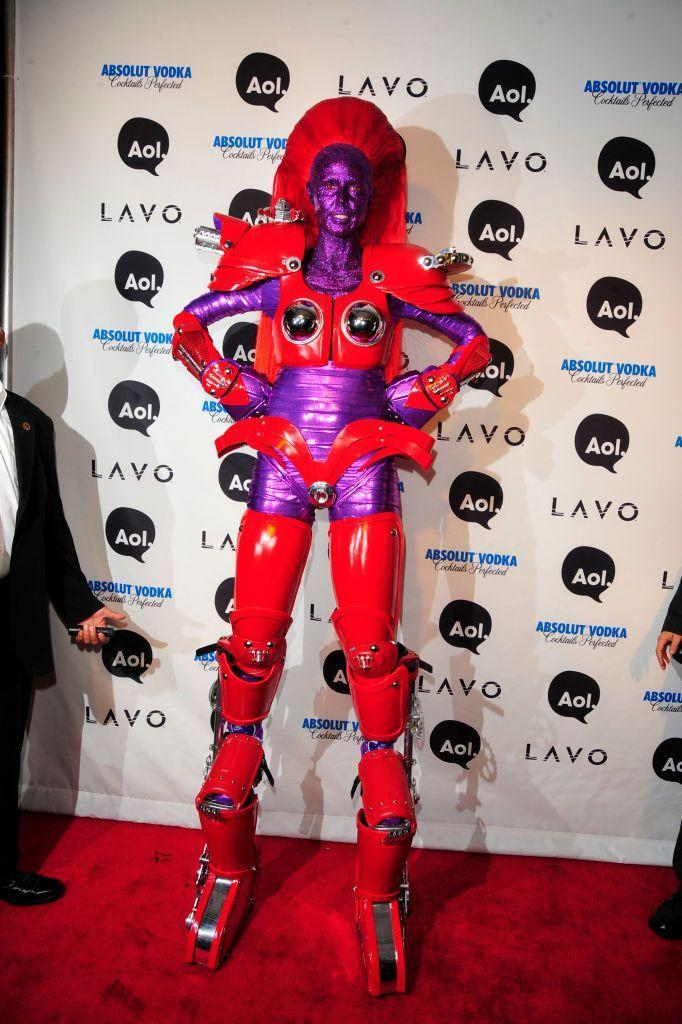 """<p>The 5'9"""" supermodel got even taller when she walked on stilts for this futuristic robot costume.</p>"""