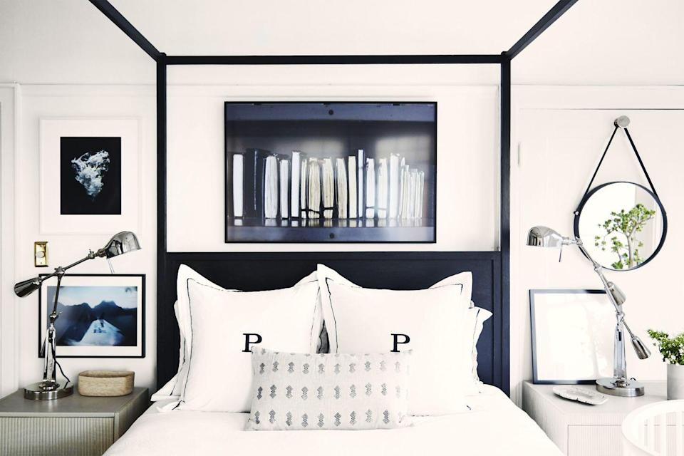 "<p>If you have your heart set on a four-poster bed but don't want to overwhelm a <a href=""https://www.goodhousekeeping.com/home/decorating-ideas/g4294/crystal-palecek-san-francisco-apartment/"" rel=""nofollow noopener"" target=""_blank"" data-ylk=""slk:small master bedroom"" class=""link rapid-noclick-resp"">small master bedroom</a>: Dark, skinny wood offers a nice contrast against bright-white walls without consuming the space.</p>"