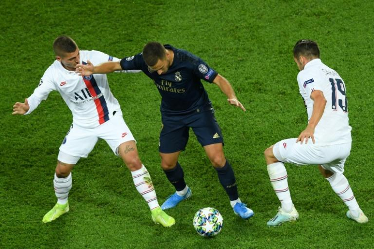 Real Madrid's summer signing Eden Hazard was quiet in the defeat to Paris Saint-Germain (AFP Photo/CHRISTOPHE ARCHAMBAULT )