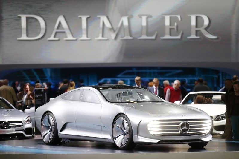Daimler seeks 1 billion euros in savings at Mercedes-Benz by cutting jobs