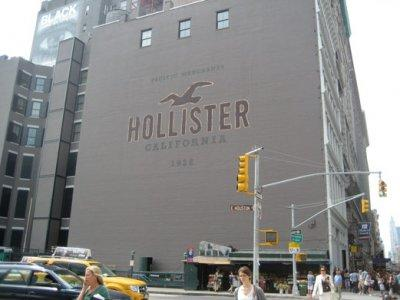The epic Hollister in NYC