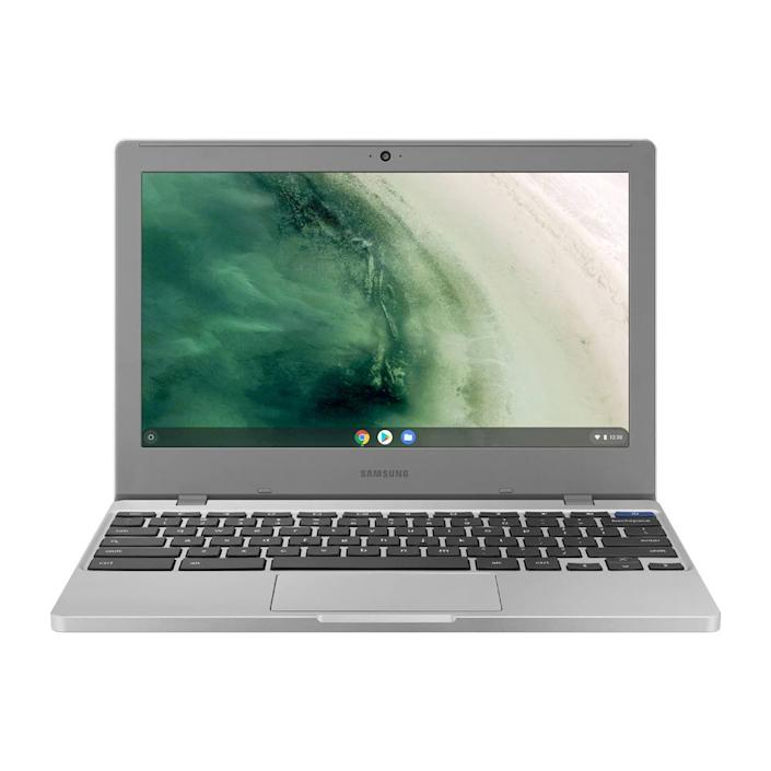 This Samsung laptop is an unsung hero. Time to pay homage and snap one up. (Photo: Walmart)