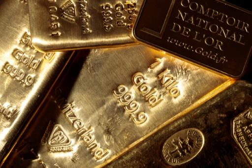 Gold hits all-time high on global jitters