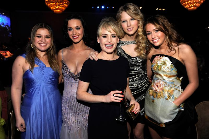 Kelly Clarkson, Katy Perry, Duffy, Taylor Swift and Miley Cyrus attends the 2009 GRAMMY Salute To Industry Icons honoring Clive Davis at the Beverly Hilton Hotel on February 7, 2009 in Beverly Hills, California.