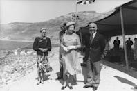 <p>Queen Elizabeth and Prince Philip touch down on the shores of the Dead Sea in Jordan, where they were met by King Hussein.<br></p>