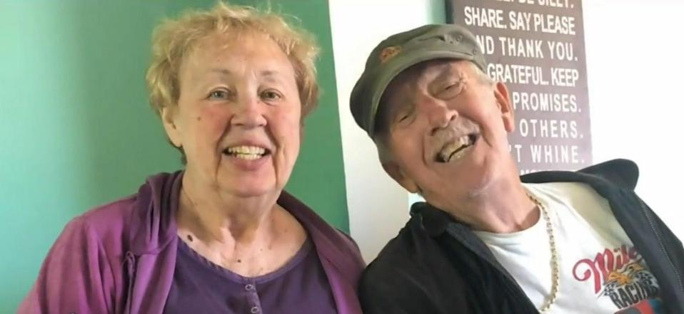 <p>Leslie and Patricia McWaters, married for 47 years, died of Covid-19 on the same day</p> (Screengrab/Local4TV)
