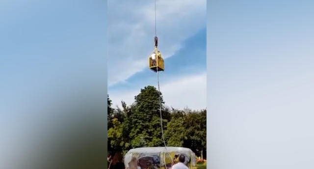 El accidente ocurrió en un parque de atracciones de Polonia. (Crédito: Youtube/Worldwide.Modern.Technology)
