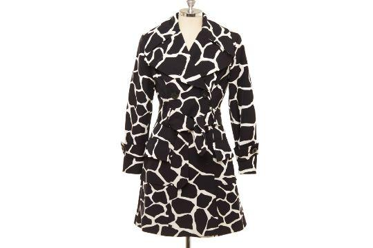 Dolce & Gabbana black and white giraffe print trench coat. (PHOTO: Hotlotz)