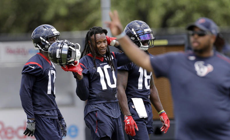 DeAndre Hopkins, Jimmie Ward trade punches at practice