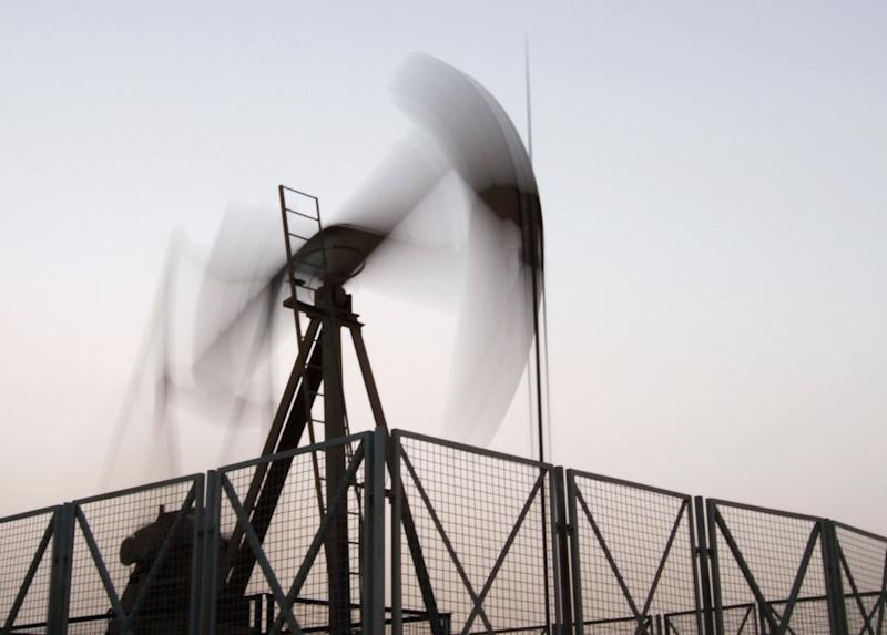 Oil up further above $107 a barrel on Egypt crisis