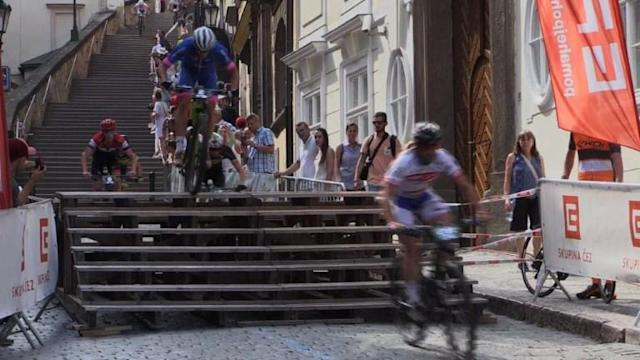 World's leading mountain bikers including two Olympic cross-country champions race on Prague's historic streets and stairways in the 25th edition of the Prague Stairs event.