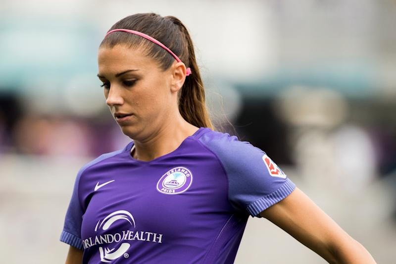 new arrival 36ad4 434b9 Alex Morgan escorted out of Disney World pub, apologizes