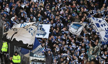 Soccer Football - Bundesliga - Hamburger SV vs Hertha BSC - Volksparkstadion, Hamburg, Germany - March 17, 2018 Hertha Berlin fans REUTERS/Fabian Bimmer