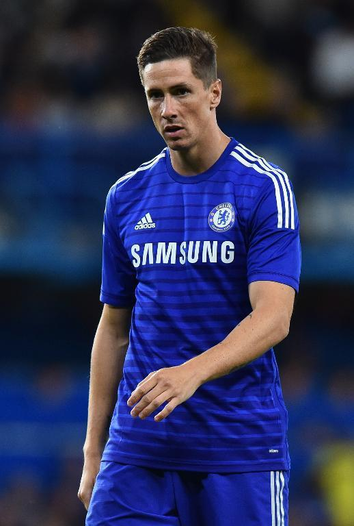 Chelsea's Spanish striker Fernando Torres gestures during the pre-season football friendly match between Chelsea and Real Sociedad at Stamford Bridge in London on August 12, 2014 (AFP Photo/Ben Stansall)