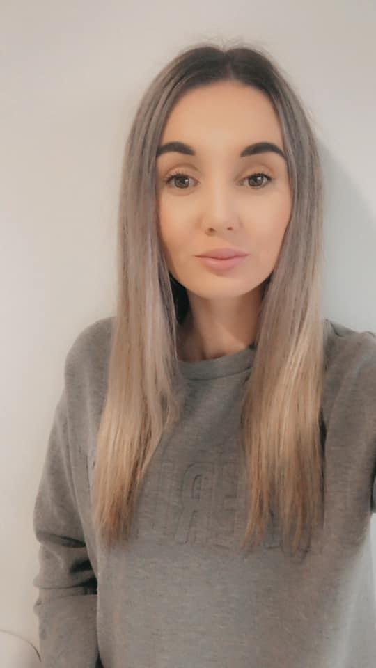Lilly Eggins with straight hair after using $20Kmart Anko hair straightener dupe of expensive GHD Dyson products