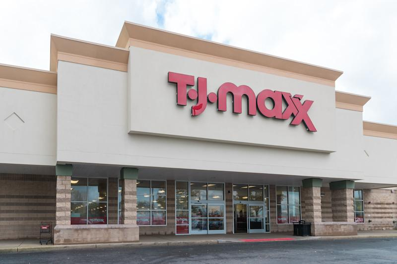 What to get at TJMaxx today, Sept. 17, while there's free shipping. (Photo: helen89 via Getty Images)