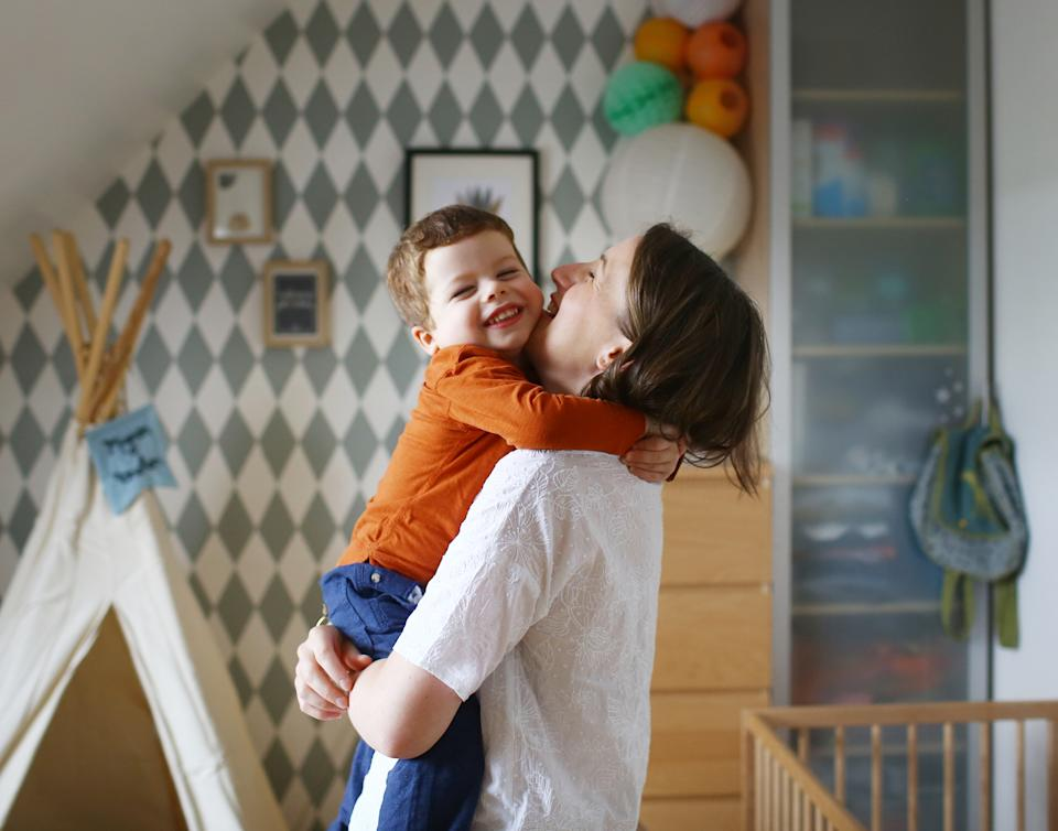 A hug from their parents could help reassure little ones during these uncertain coronavirus times. (Getty Images)